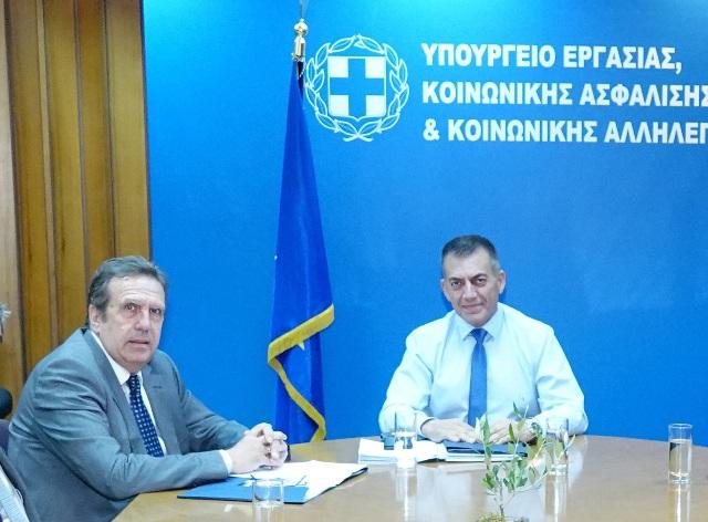 Photo_2_Proedros_ESEE_Ypourgos_Ergasias-